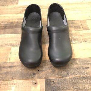 Dansko's Size 48- Black